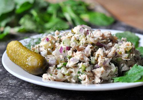 Салат с тунцом и огурцом
